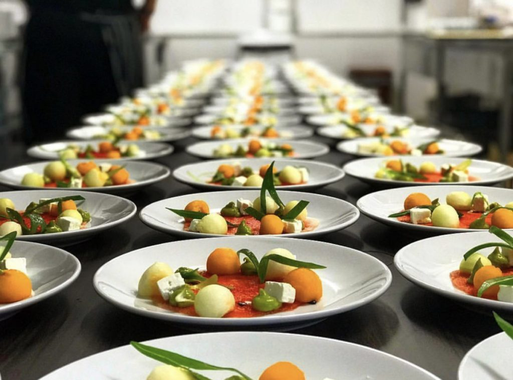 Plates with 1st course